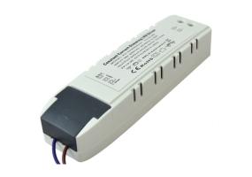 Tracon Dimmelhető LED meghajtó LP panelekhez 176-264 VAC, 0,29 A / 25-40 VDC, 950 mA, TRIAC LPCC40WD